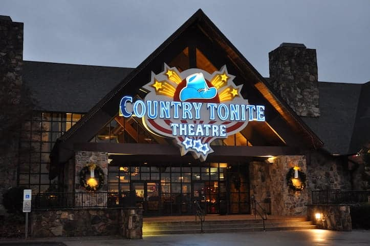 Country-Tonite-Theater-in-Pigeon-Forge.jpg